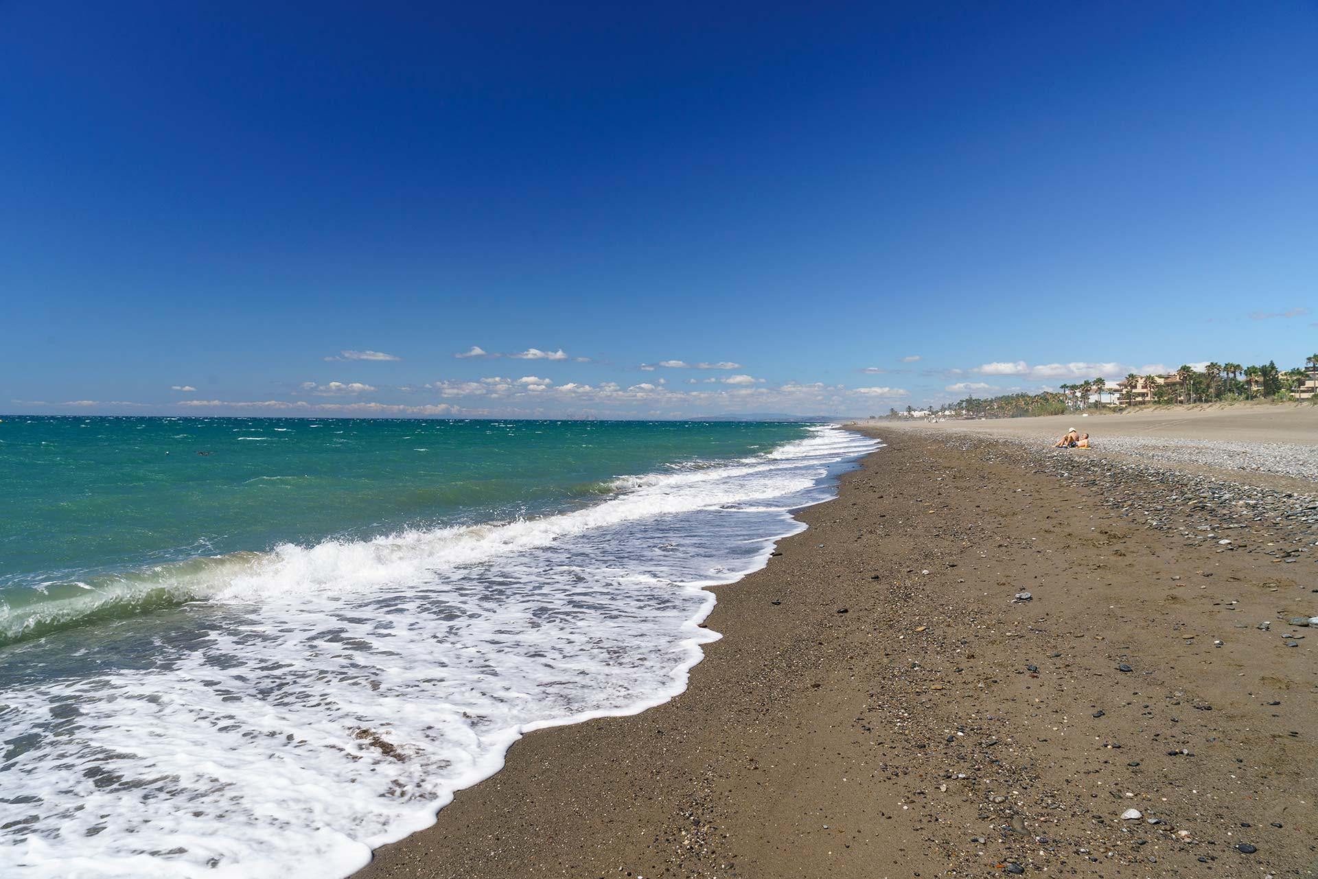 Propiedades en primera línea de playa en Marbella